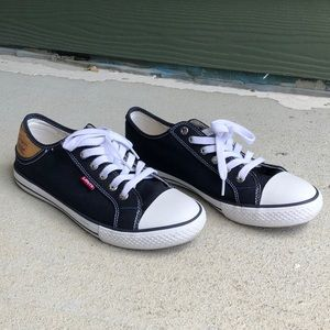 Navy Blue Levi's Sneakers